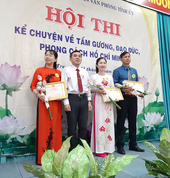Đảng bộ Khối Cơ quan - Doanh nghiệp tỉnh chỉ đạo thực hiện Chuyên đề năm 2020 về học tập và làm theo tư tưởng, đạo đức, phong cách Hồ Chí Minh