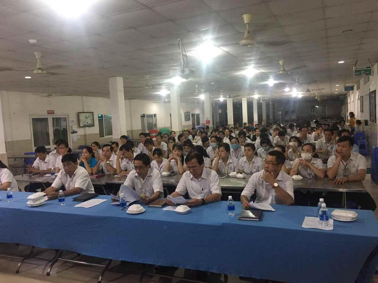Đảng bộ công ty May Việt Hồng tổ chức Hội nghị học tập, quán triệt Nghị quyết Đại hội Đảng bộ Khối Cơ quan - Doanh Nghiệp tỉnh
